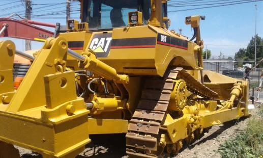 BULLDOZER CATERPILLAR D8T AÑO 2007
